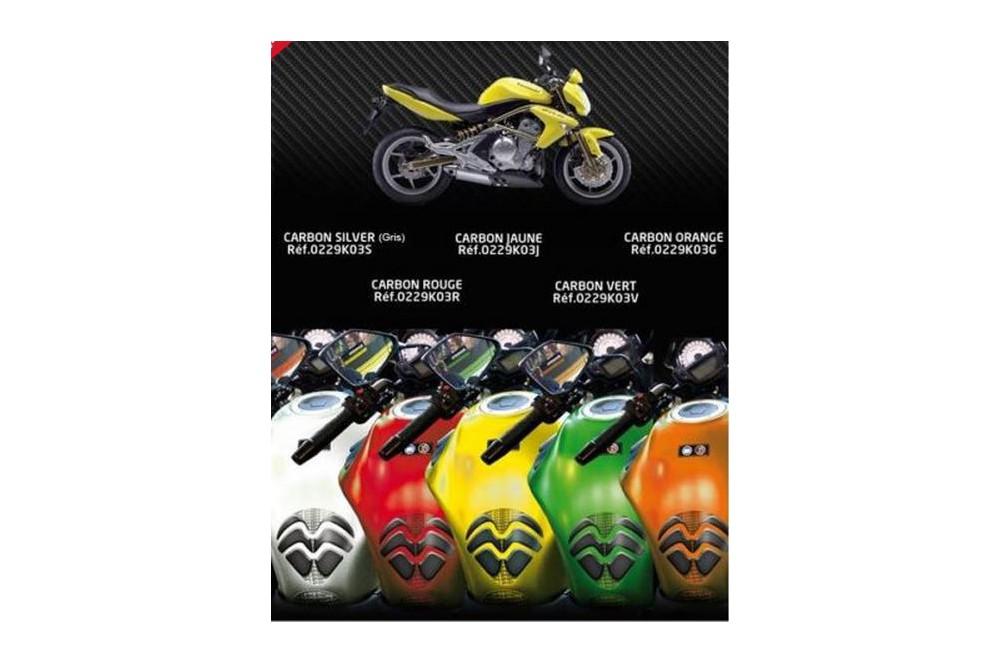 Protection de réservoir D'Zign Pad Carbon pour Kawasaki ER 6 12-15