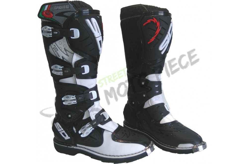 bottes moto cross sidi charger blanc noir street moto piece. Black Bedroom Furniture Sets. Home Design Ideas