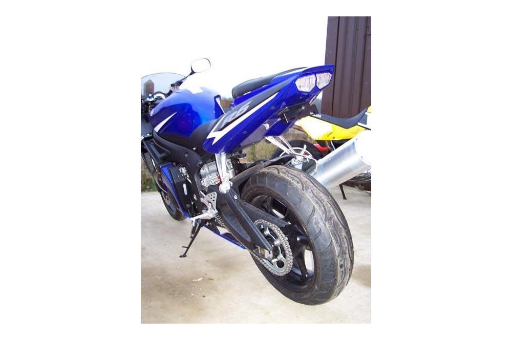 Support de plaque R&G Yamaha YZF R6 03/05 R1 02/03
