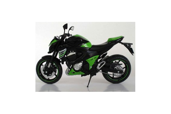 maquette moto 1 12 me kawasaki z 800 verte noire street moto piece. Black Bedroom Furniture Sets. Home Design Ideas