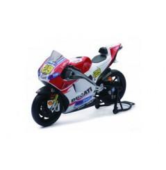 Maquette Moto 1/12 ème DUCATI DESMO IANNONE N°29