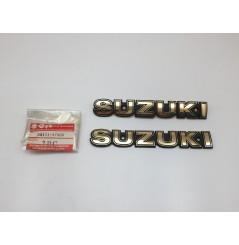 Emblème Suzuki pour GN125 et GN250 (89-00) Pièce Neuve d'origine